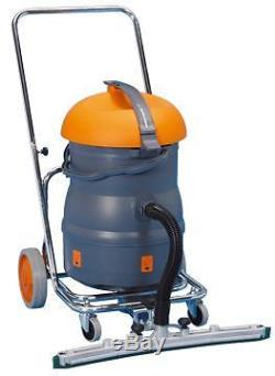Commercial Taski Vacumat 22t wet and dry tub vacuum cleaner new without box