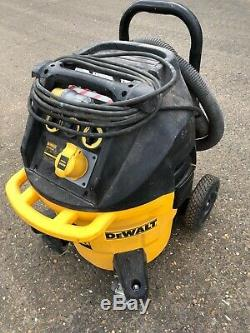 DEWALT DWV902M-LX 68LTR/SEC Dust Extractor Vacuum Cleaner Wet & Dry 110V