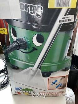 George Wet & Dry Carpet Cleaner Boxed With All Accessories Fully Working