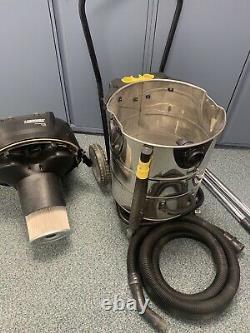 Karcher Professional Nt 70/2 Wet & Dry Vacuum Cleaner 2 Motors 240v Car Valet