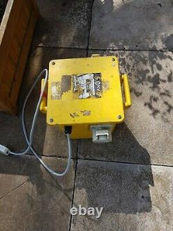 Nilfisk Sol 3000 Industrial Wet And Dry Vacuum Cleaner and 5Kva Transformer