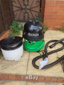 Numatic George wet and dry vaccum cleaner