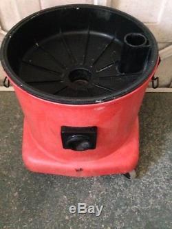 Twin motor Numatic Industrial 240 Volt Vacuum Cleaner WET/ DRY VAC
